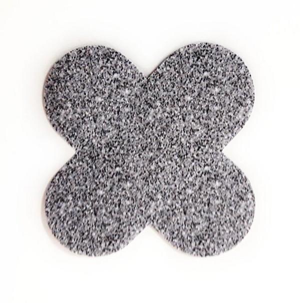 Forminha para doces 4 Pétalas Glitter Prata - 50 unidades